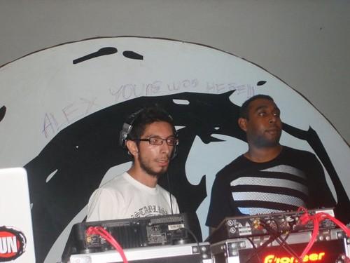 Alex Young + Dr.FunK @ Kafelov, Moca