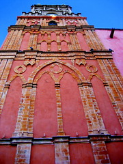templo de san rafael (msdonnalee) Tags: pink church méxico mexico catholic cathedral © jardin catedral iglesia rosa sanmigueldeallende mexique catholicchurch mexiko messico 墨西哥 i メキシコ donnacleveland photosofsanmigueldeallende templodesanrafael photosbydonnacleveland