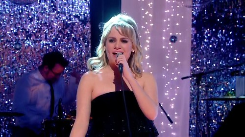Jools' Annual Hootenanny 2008 (31st December 2008) [HDTV 720p (x264)] preview 4