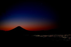 Dawn Breaks (TheJbot) Tags: city morning mountain japan sunrise stars lights fuji nightscape  fujisan vignetting jbot  thejbot onlyvignettingdoneinlightroom