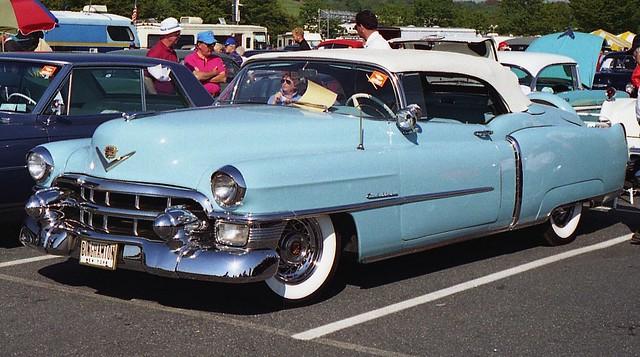 convertible cadillac eldorado 1953 carcorral 1953cadillaceldorado hersheyoldcarfleamarket1994 ©richardspiegelmancarphoto