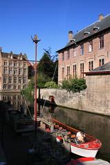 Dijver (Brian Aslak) Tags: water buildings boat town canal europe belgium belgique brugge belgië westvlaanderen dijver ベルギー ブルッヘ