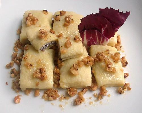 Cofanetti di patate farciti al radicchio e ricotta