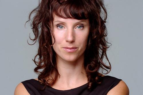 Headshot Naomi Stikeman 02