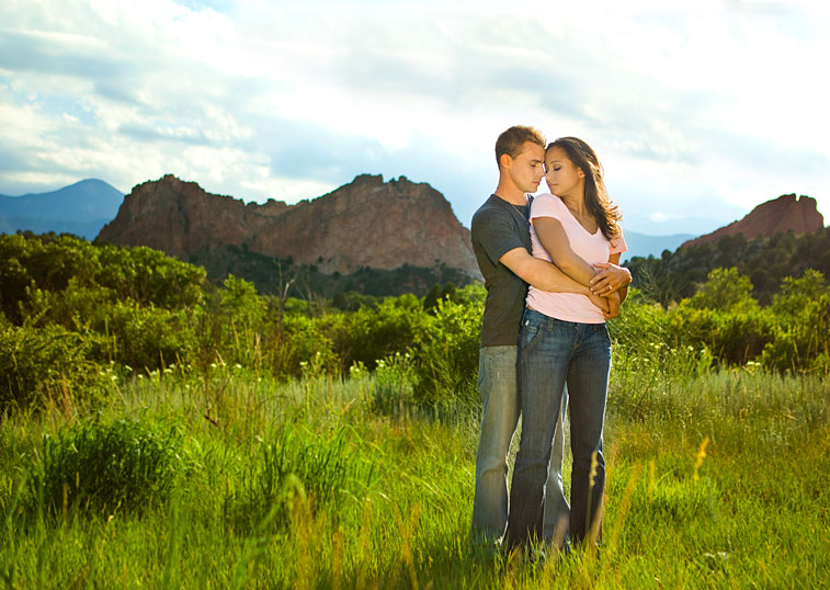 Garden of the Gods Engagement Portraits- Geoff and Rachel » Holly ...