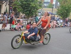 Cirque du Cycling_18 (METROFIETS) Tags: green beer bicycle oregon garden portland construction paint nw box handmade steel weld coat transport craft cargo torch frame pdx custom load cirque woodstove builder haul carfree hpm suppenkuche stumptown paragon stp chrisking shimano custombike cargobike handbuilt beerbike workbike bakfiets cycletruck rosecity crafted 4130 bikeportland 2011 braze longjohn paradiselodge seattlebikeexpo nahbs movebybike kcg phillipross bikefun obca ohbs jamienichols boxbike handmadebike oregonhandmadebikeshow nntma hopworks metrofiets cirqueducycling oregonmanifest matthewcaracoglia palletbike oregonframebuilder seattlebikeshow bikefarmer trailheadcoffee cargbikerace
