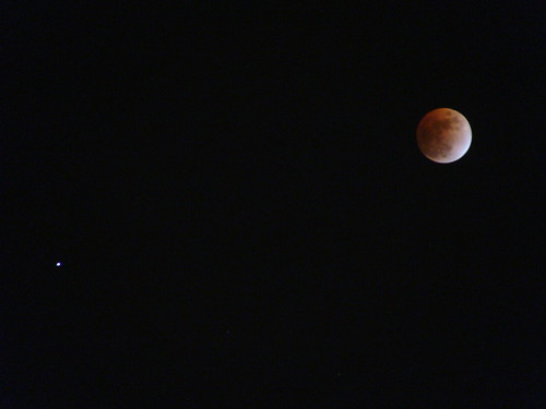 Lunar eclipse and Saturn