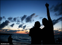 Interstellar Burst (Evan Amir) Tags: sea evan sky sun beach canon sand lads burst maldives ahmed soe interstellar villingili 400d abigfave canon400d interstellarburst azleem ahmedevan