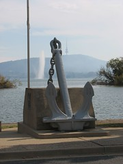 A big anchor! (LibrarianGems) Tags: fountain memorial australia anchor canberra act captaincookmemorialfountain lakegriffenberley