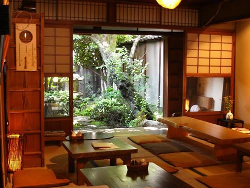 奈良オリエント館(奈良町)