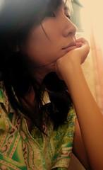 (Syka Lê Vy) Tags: smile look think vietnam vy 2008 dreamer sleepwalker lê syka vắng fromsykawithlove sykalevy lehoangvy sundayspirit