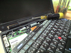 TkinkPad X31のキーボードの取り外し