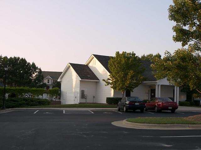 Brookstone, Cary, NC 042
