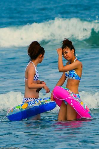 japanese-beach-babes-petardas-virgin