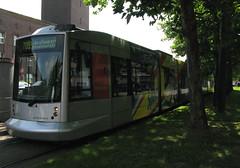 Rheinbahn 2017 [Dsseldorf tram] (Howard_Pulling) Tags: germany deutschland tram german dusseldorf trams strassenbahn silberpfeil nf10 hpulling howardpulling dusseldorfstrassenbahn