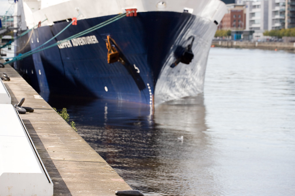 Clipper Adventurer Visits Dublin Docklands