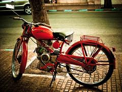 Roja ( Más bello que el silencio ) Tags: españa rojo ibiza moto cruzadas ltytrx5 ltytr2 ltytr1 ltytr3 ltytr4 ltytr5 ltytr6 a3b cruzadasgold 6retos6