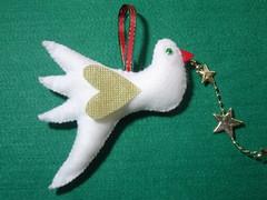 Pssaro da Paz (nanarteira) Tags: branco natal estrela felt dourado feltro tnt enfeite bichinho