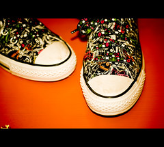 Hey, Now! We wear All Stars (Shoky Bsbs) Tags: love turn all play you lets who walk top or low hey run el heads cousin hi needs kiwi now lain keds youll nikes bsbs 7beebty shokybsbs shoky ksh5 orhophooray zl5 nowwewearallstars wearyourallstars wearingyourallstars
