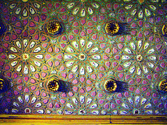 ceilings details (Graa Vargas) Tags: espaa canon sevilla spain ceiling ph227 realesalczares graavargas 2008graavargasallrightsreserved 6007150109