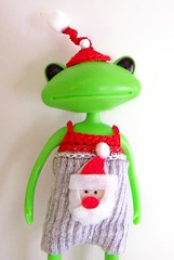 Santa Romper and Hat (blythesocdcloset) Tags: wonder wanda frog etsy daine blytheocdcloset