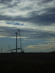wind turbine 121108 011 (millwright2008) Tags: being 11 12 08 rotor flown