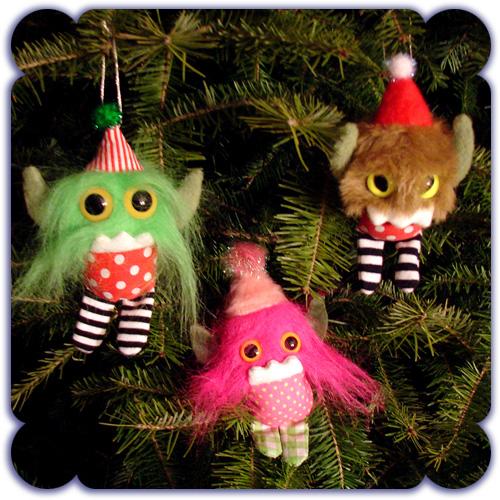 Chums on tree