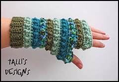 Hori Bobbles Fingerless Gloves - Shades of Green (by tallybates)
