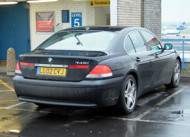park 2002 black car parking lot 7 series lhr 745 md11 varig cvj worldcars