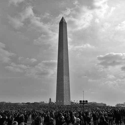 inauguration crowd by the washington monument
