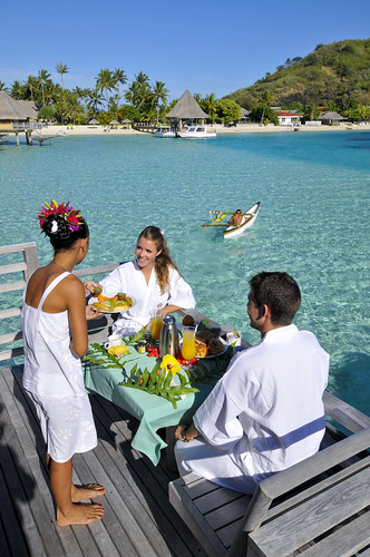 Breakfast delivery InterContinental Bora Bora  Le Moana Resort