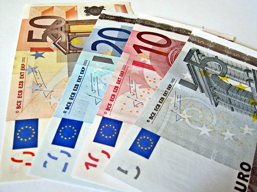 Euro Denominations -- Lizenz: CC BY 2.0, Quelle: http://www.flickr.com/photos/59937401@N07/5856626683