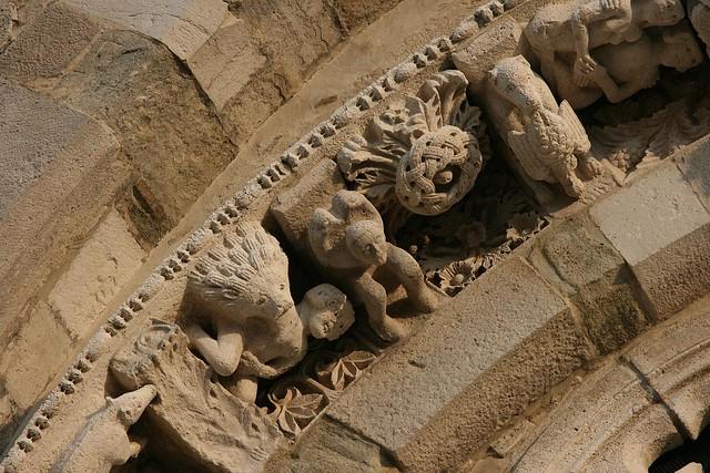 beasties of the west facade