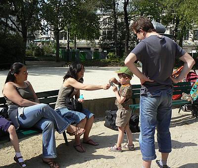 rencontre au square du Bn Marché.jpg