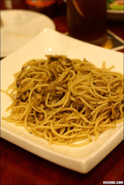 olio mushroom pasta