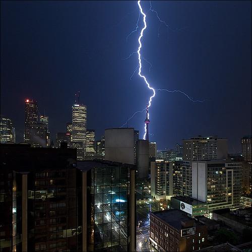 30 великолепных и завораживающих фотографий молний