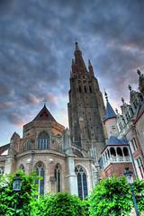 Bruges -  église Notre Dame (~ yobert ~) Tags: sky tree church belgium belgique religion brugge vitrail hdr flandres golddragon aplusphoto jeanferjeuxgruyer wlanders