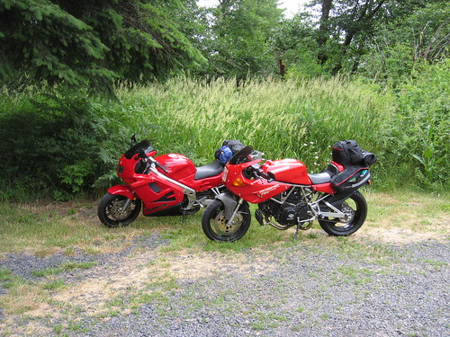 1993 Ducati 750SS and 1997 Honda VFR750