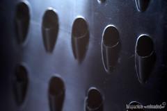 li chiamano decreti (HiSpAnIcO[reloaded]) Tags: macro cortina eos al iron cano di freddo passato ferro ritorno sicurezza grattugia decreto golddragon 450d abigfave platinumphoto anawesomeshot aplusphoto claustofobia goldstaraward