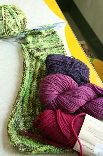Contrast Yarn Possibilities