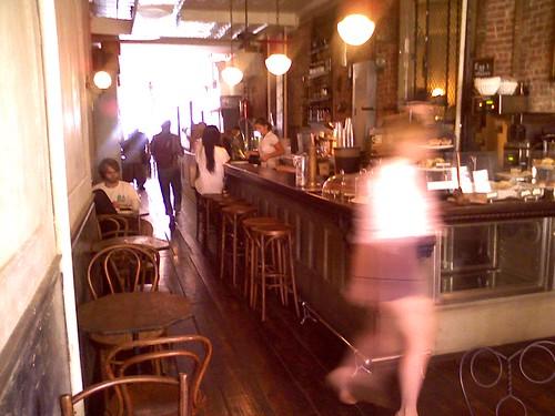 rabbit hole cafe williamsburg brunch free wifi brooklyn ny