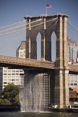 Brooklyn Bridge and waterfall (Jason Arends) Tags: nyc newyorkcity d50 waterfall downtown manhattan sightseeing brooklynbridge lowermanhattan