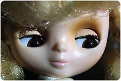 pretty brown eyes ^^