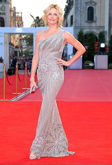 Charlize Theron (Modern Girl Style) Tags: fashion dresses straighthair blonde brunette curlyhair theron redcarpet charlize venicefilmfestival celebritystyle