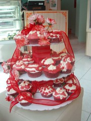 Red cupcakes on stand (Hey Liz!) Tags: cupcakes  redcupcakes   cupcakesonstand