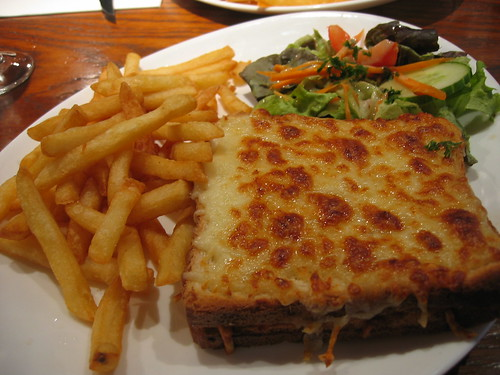 Croque monsieur and frites