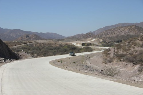 Beautiful concrete road north of Cotagaita - 65 km of Heaven until Hell takes over again...
