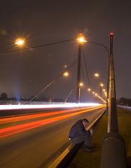 Stillsitzen (fototonio) Tags: bridge night nacht brcke dsseldorf langzeitbelichtung theodorheussbrcke selbstauslser