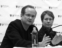 2008_12_13_commons_panel_69 (dsearls) Tags: copyright harvard cc creativecommons law berkman lawrencelessig larrylessig lessig harvardlaw berkmancenter poundhall ropesgray creativcommons 20081213
