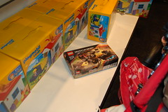 The last LEGO for sale in FAO, only slightly damaged